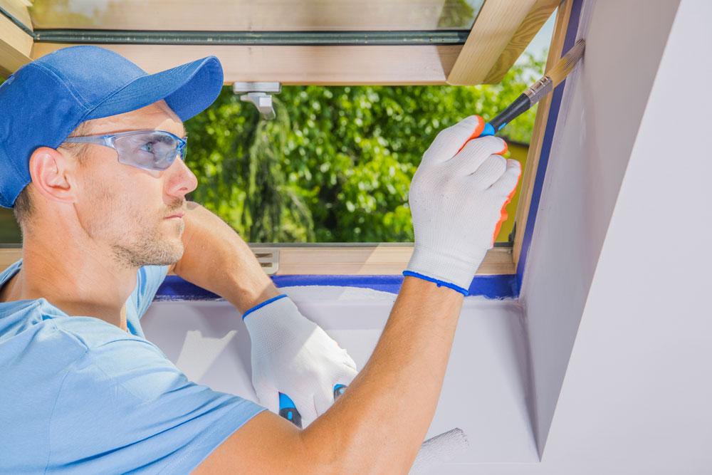 Come verniciare finestre in legno già verniciate